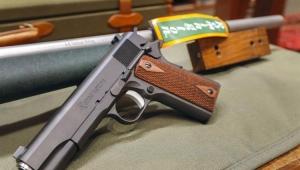 Empresas cortam relações com associação de rifles dos EUA