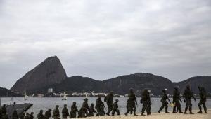 Denise Campos de Toledo: É preciso eliminar o déficit crescente na previdência de militares