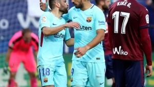 Barcelona se recupera, vence o Eibar e volta a disparar na liderança do Espanhol