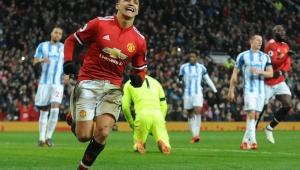 Técnico do Manchester United compara atacante com embalagem de ketchup