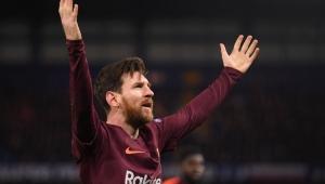 Willian brilha, mas Messi desencanta e Chelsea fica no empate com o Barça em Londres