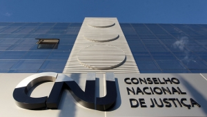 Maioria dos integrantes do CNJ recebeu acima do teto