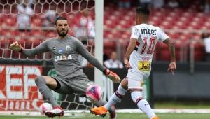 """Flavio Prado detona São Paulo 0 x 1 Santos: """"uma PIADA!"""""""