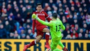 Firmino marca, Liverpool goleia West Ham e assume vice-liderança provisória no Inglês