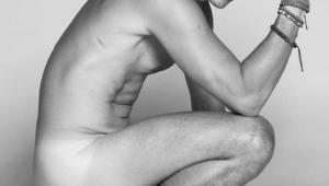 """Multiplica, senhor"": Gianecchini posa nu e deixa internautas eufóricos"