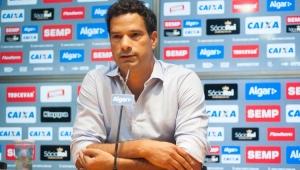 Gustavo Vieira deixa o Santos após dois meses no cargo de executivo de futebol