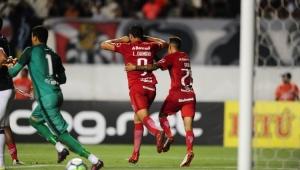 Damião desencanta, Inter bate o Remo em Belém e avança na Copa do Brasil