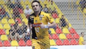 """Falcão detona mudanças nas regras do futsal: """"retrocesso total"""""""