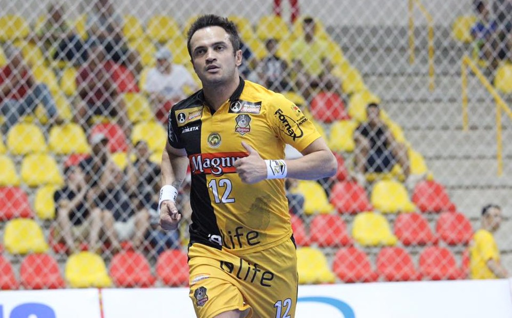Guilherme Mansueto  Magnus Futsal Maior jogador da história do futsal 425799cf450db