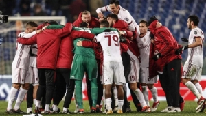 Em boa fase, Milan bate a Roma e começa a pensar até em vaga na Liga dos Campeões