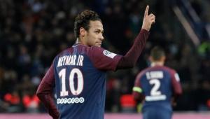 Neymar volta a elogiar Hazard e diz não querer ser líder: 'É secundário'