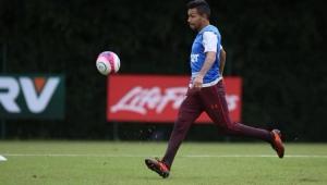 Sem Jucilei e com Petros de volta, Dorival Júnior relaciona 23 jogadores no São Paulo