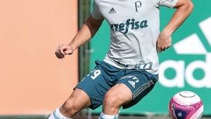 Roger Machado indica Palmeiras com Michel Bastos, Willian e Borja entre os titulares