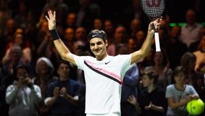 Novo líder do ranking, Federer vence e faz final com Dimitrov em Roterdã