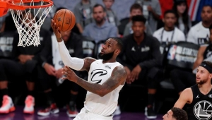 Time de LeBron vence e astro se destaca no novo formato do All-Star Game