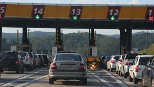 Concessionárias de rodovias aumentam pedágio, mesmo sem cumprir contrato