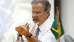 Jungmann critica penitenciárias e presos ociosos no País: 'estamos cevando o monstro para nos devorar'