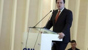 Ministro de Minas e Energia se filia ao MDB de Temer