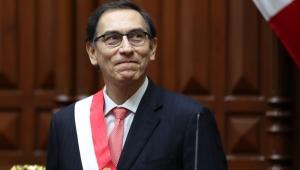 Após renúncia de Kuczynski, Vizcarra toma posse como novo presidente do Peru