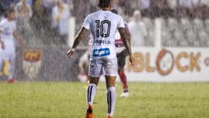 Classificação nos pênaltis expõe maior carência do Santos: um camisa 10