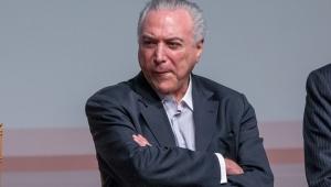 """No litoral paulista, Temer diz """"sentir saudades"""" do tempo que fazia campanha para deputado"""