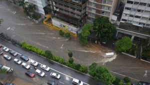 Chuva intensa causa estragos em toda a cidade de São Paulo