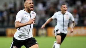 Corinthians resolve no 1º tempo, passa por Bragantino e está nas semifinais do Paulistão