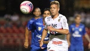 Decisivo contra o São Caetano, Lucas Fernandes mira nova oportunidade no São Paulo