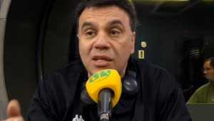 Mauro Beting critica Felipe Melo por apoio a Bolsonaro com camisa do Palmeiras: 'não cabe'