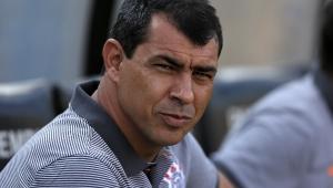 Carille completa 100 jogos e elege vitória sobre Palmeiras como a mais marcante