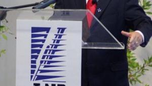 Com presença de Temer, Miguel Piñera sucede Bachelet no Chile