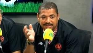 Roger Machado acerta em não inventar, diz Vampeta