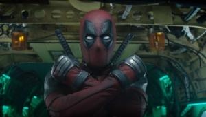 """Ryan Reynolds é creditado como roteirista em """"Deadpool 2"""""""