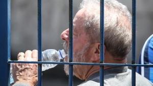 Lula não é e jamais será preso político