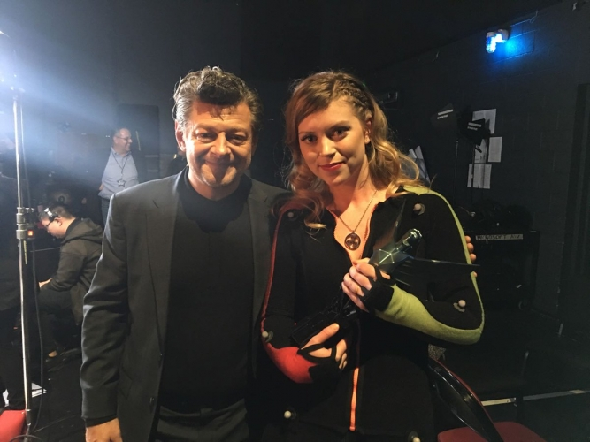 Melina Juergens e Andy Serkis