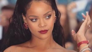 Rihanna processa o pai por uso comercial indevido do seu nome