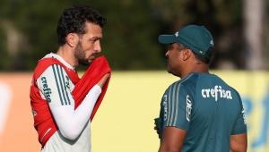 Palmeiras tem 5 opções para mudar zaga contra Internacional