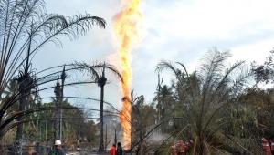 Incêndio em poço de petróleo deixa 18 mortos e 41 feridos na Indonésia