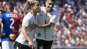 Ninguém sabe como parar Rodriguinho e o novo ataque do Corinthians