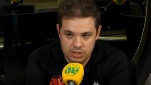 """""""Salah é um dos melhores do mundo"""", exalta Bruno Prado"""