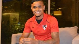 Everton, do São Paulo, é acusado de agredir garota no Mato Grosso; jogador nega e fala em invasão