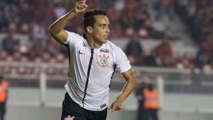 Jadson superou Tévez em lista de artilheiros do Corinthians