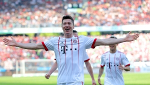 Com recorde de Lewandowski, Bayern bate Hannover e ganha embalo para encarar Real