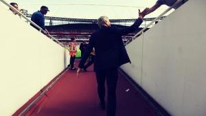 """Wenger indica que desejava permanecer no Arsenal: """"não foi minha decisão"""""""