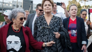 Juíza veta visitas a Lula