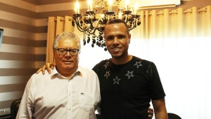 Luis Fabiano volta para se recondicionar e pode disputar Série B pela Ponte