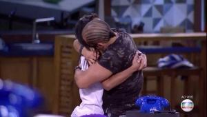 Kaysar e Gleici são finalistas; Família Lima e Paula disputam último paredão