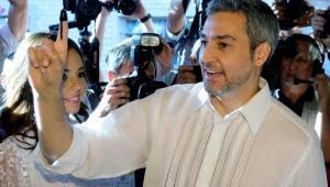 Candidato do governo lidera contagem dos voto no Paraguai