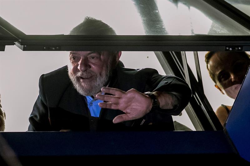 """MPF decide continuar investigando ex-presidentes por """"apropriação de presentes"""""""