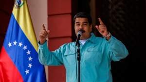 """Maduro declara """"persona non grata"""" encarregado de negócios dos EUA em Caracas"""